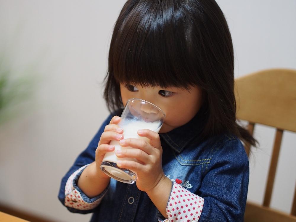 牛乳飲み放題